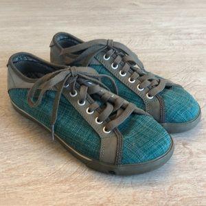 KEEN women's size 8 shoe